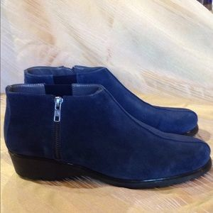 Aerosols Suede Ankle Boots